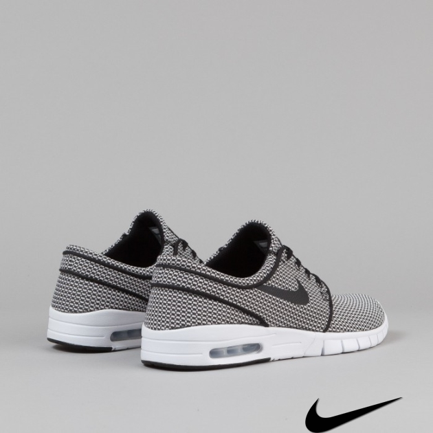 Nike Sb Janoski Shoes - Black/White